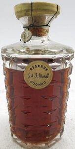Martell Réserve with a metal seal (5 pointed star, 1950s)
