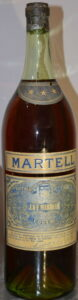 Said to be 2.5L (1930s); could be 3L (seen standing next to 75cl bottle)