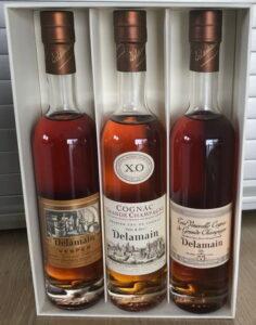 XO Pale & Dry, Vesper and Très Vénérable in a plain carton box