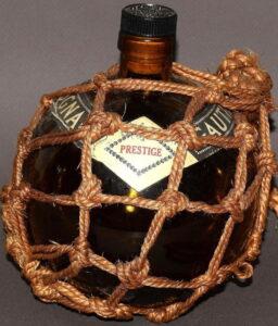 Prestige, black stopper, ecru rope