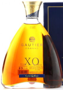 70cl XO Gold & Blue without the gold coloured band; back has UK sticker (ca. 2015)