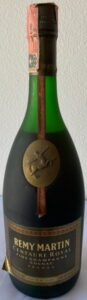 Gradi 40° stated on the left below; 70cl not stated (1970-80s)