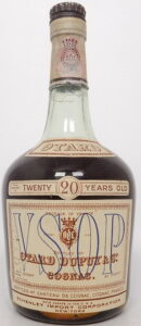 VSOP, 20 years old, with an emblem on the capsule, 4/5 quart (second half 1940s)