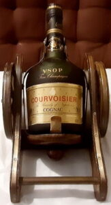 VSOP, fine champagne; 70cl and 40° stated and with the imperial coat of arms on the neck