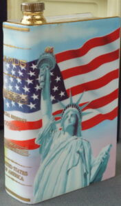 700ml (said to be, but not confirmed) USA; grand masters collection. (This bottle is also produced in the Destinations series as a 350ml bottle)