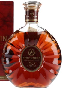 1,5L (stated on the box) XO Special, laurels around little emblem, not around main label; Italian import (1990s)